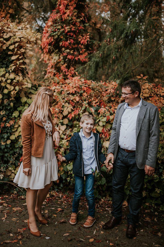 jesienna sesja rodzinna rocznica ślubu żelazowa wola