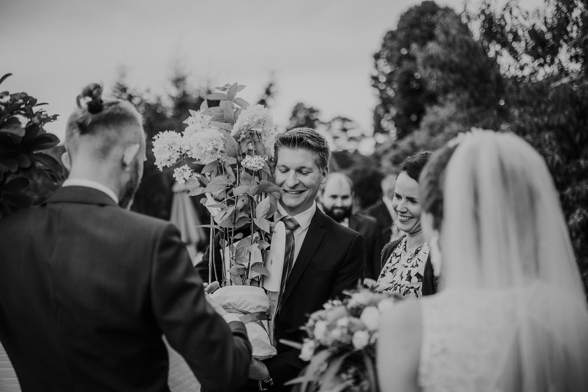 reportaż ślubny ślub puszcza notecka poznań kwiejce leśny dworek