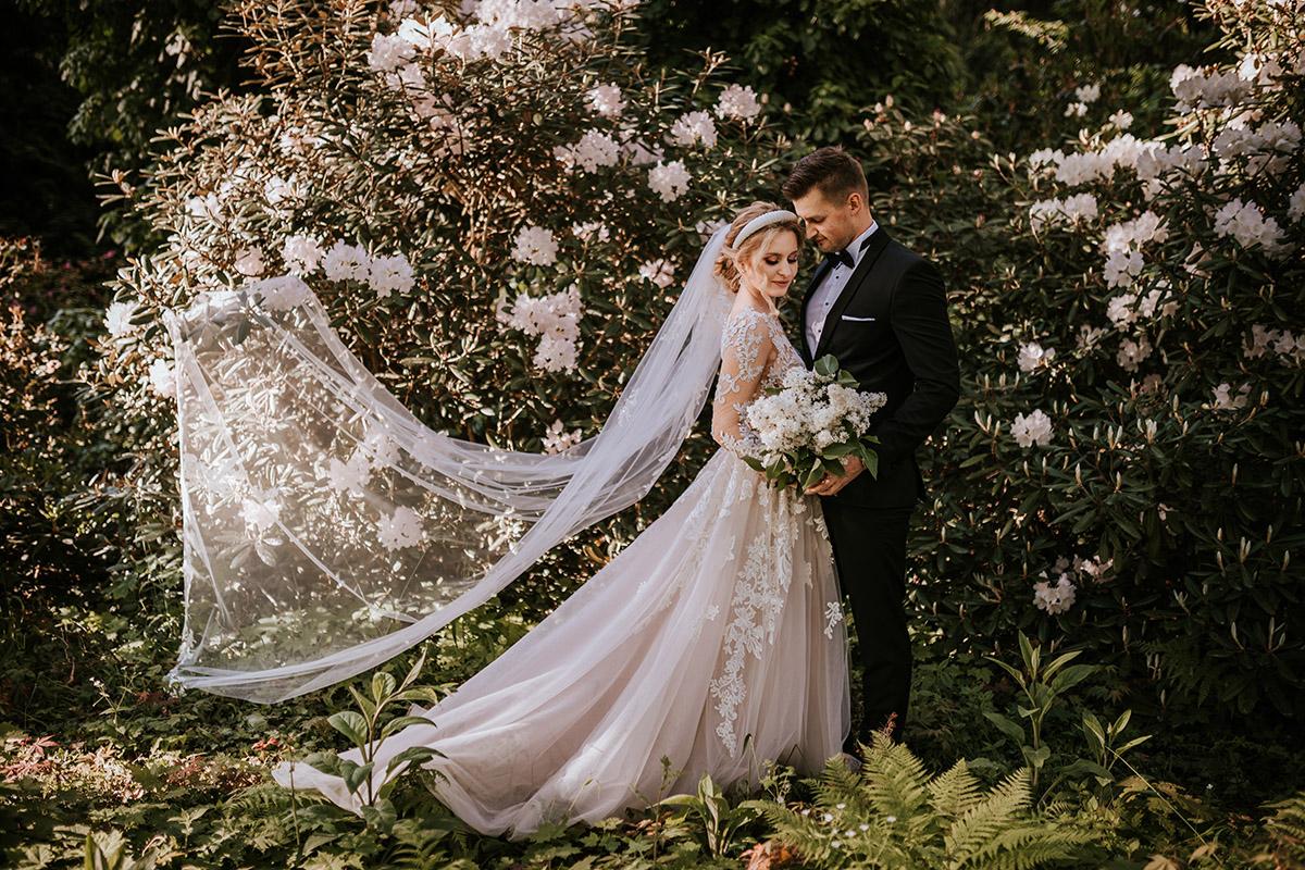 wiosenna sesja ślubna arboretum w rogowie