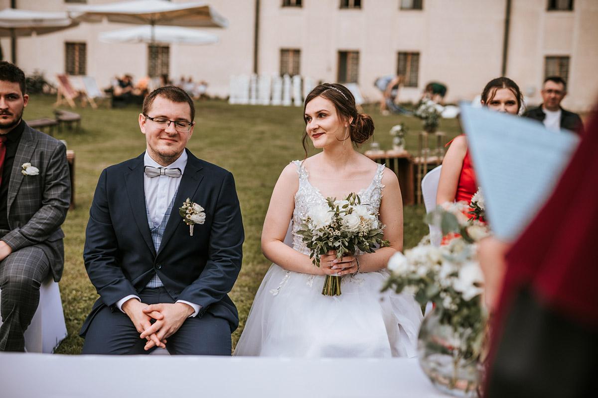 ślub plenerowy łódź hotel podklasztorze